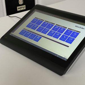 Colormetrics C1400 Touchkasse im Pultformat (Seitenansicht vorne-rechts)